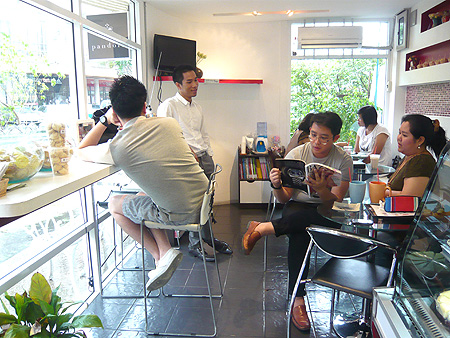 Pandora Bakeshop ร้านคัพเค้กโฮมเมดชวนกิน