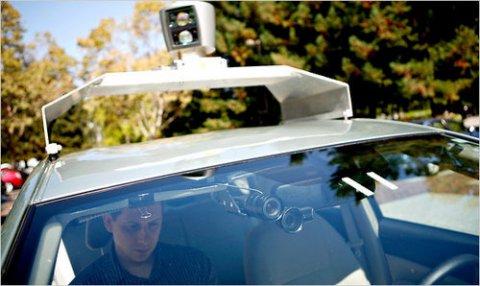 Google ทดสอบระบบขับรถยนต์อัตโนมัติ!!