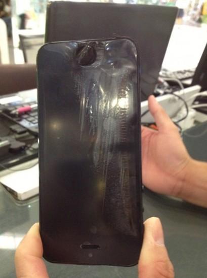 ช๊อค!!! iPhone 5 ระเบิด หลังโทรคุยได้ไม่นาน